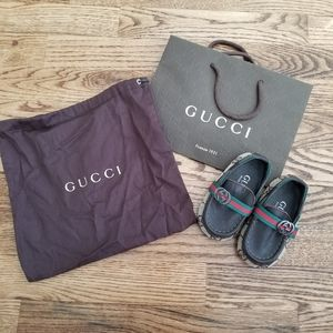 Baby Loafers with Dust Cover and Gift Bag
